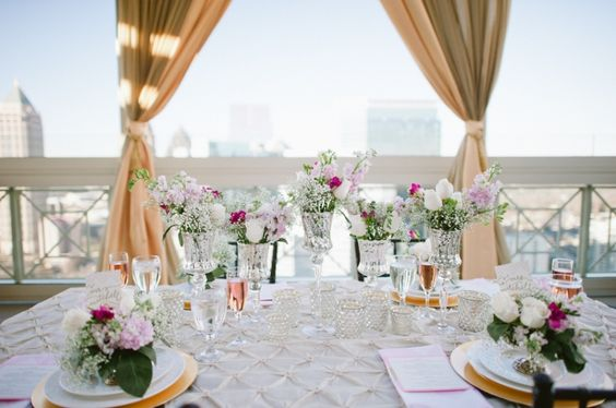 Table arrangement at wedding