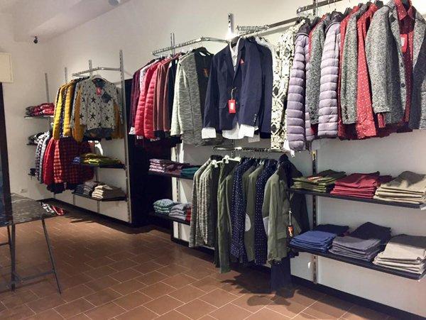 Abiti da uomo al negozio Cheeky Abbigliamento a Rimini