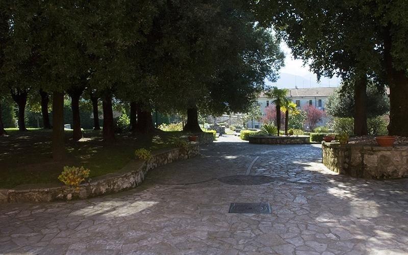 Entrata giardino Villa Troisi