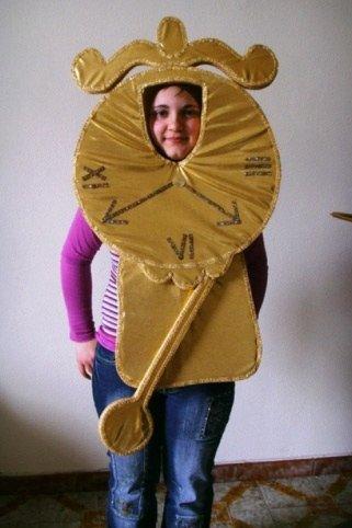 Costume in gomma piuma