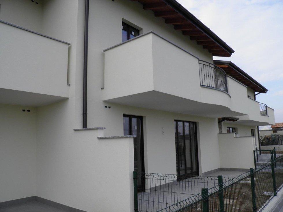 4 locali roncolo con terrazzi brianza agenzia immobiliare vivere casa cambiago
