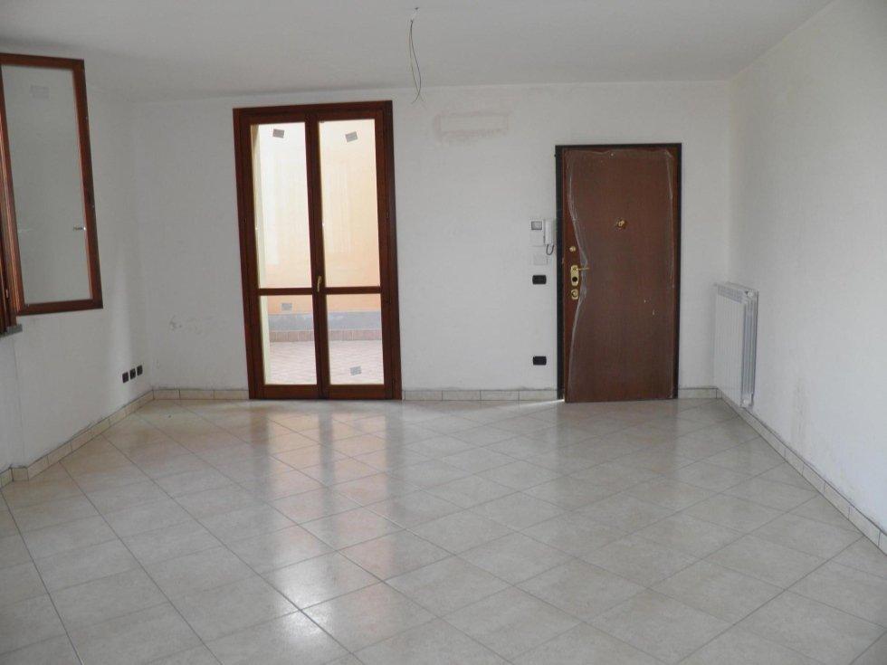 agenzia immobiliare vivere casa busnago 3 locali vista castello2