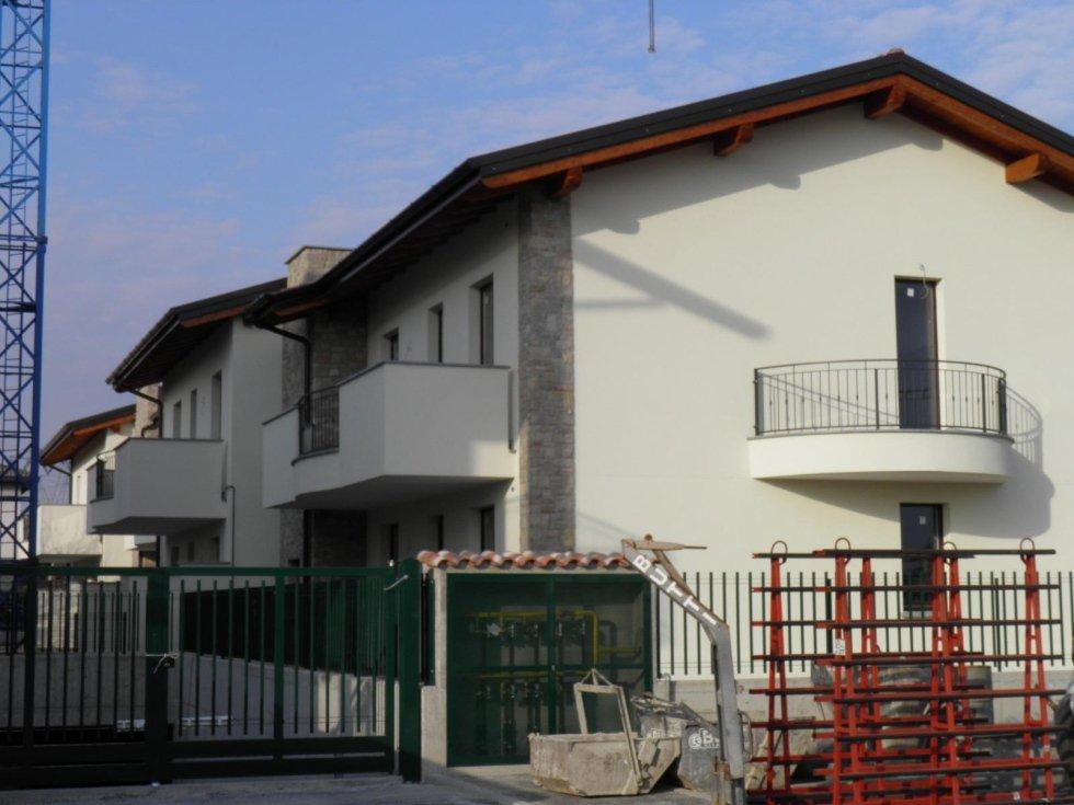4 locali roncello brianza agenzia immobiliare vivere casa snc