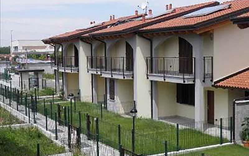 villa roncello