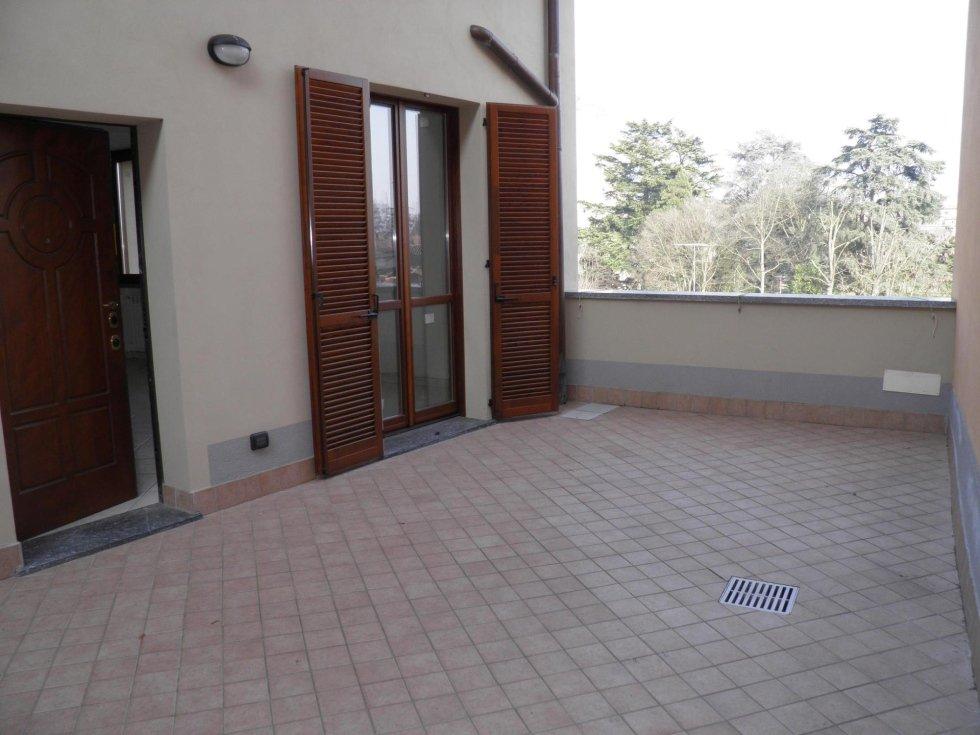 agenzia immobiliare vivere casa busnago 3 locali vista castello