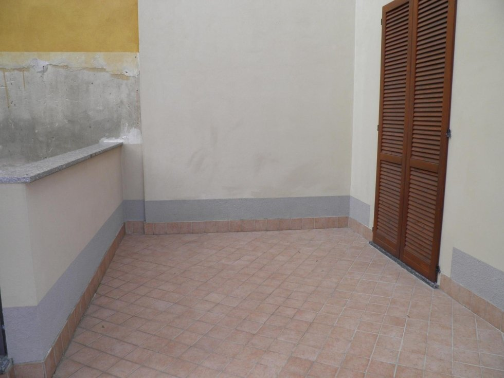 agenzia immobiliare vivere casa gessate 3 locali cucina abitabile
