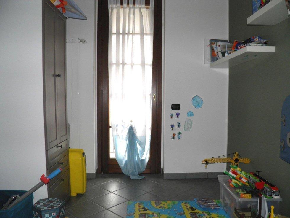 appartamento recente 3 locali, trecella