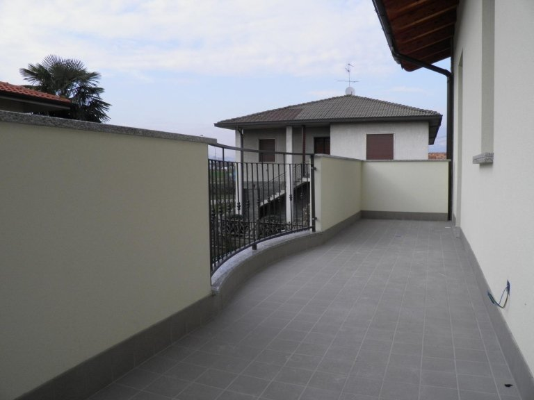 4 locali  monza brianza agenzia immobiliare vivere casa cambiago