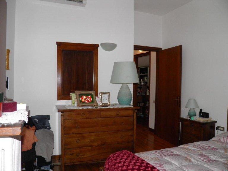 camera cambiago 3 locali vendita2