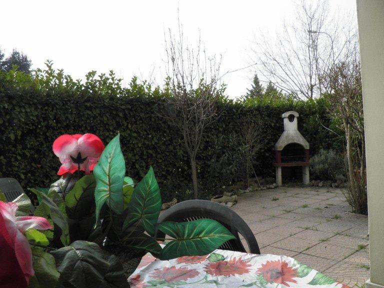 monolocale giardino cambiago