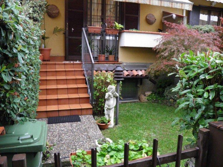 villa agrate brianza