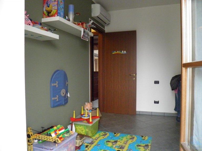 appartamento recente 3 locali, trecella1