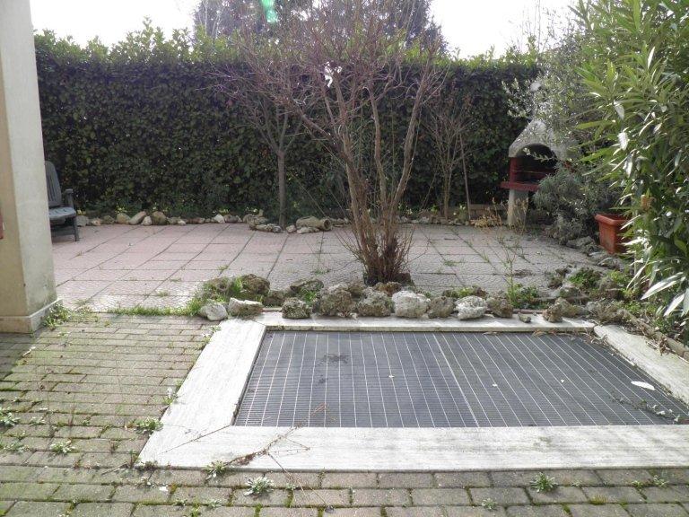 monolocale giardino cambiago3