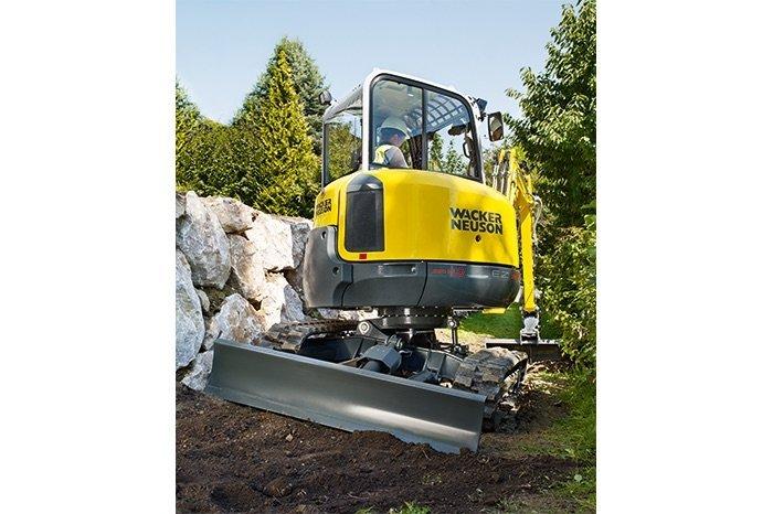 escavatore cingolato