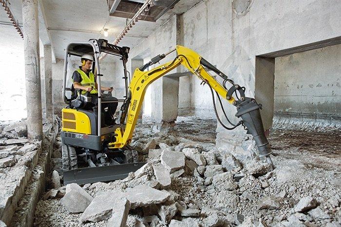 escavatore zero tail