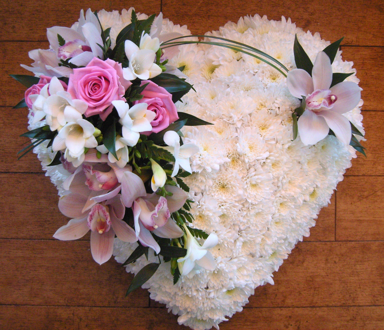 floral cupids