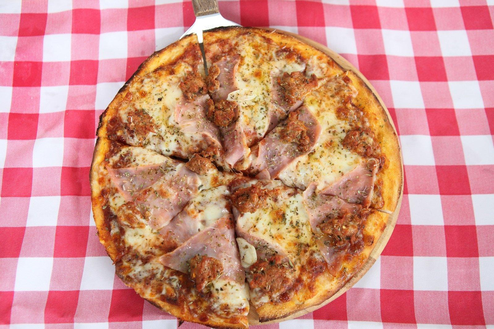 Pizza deliziosa a Trieste