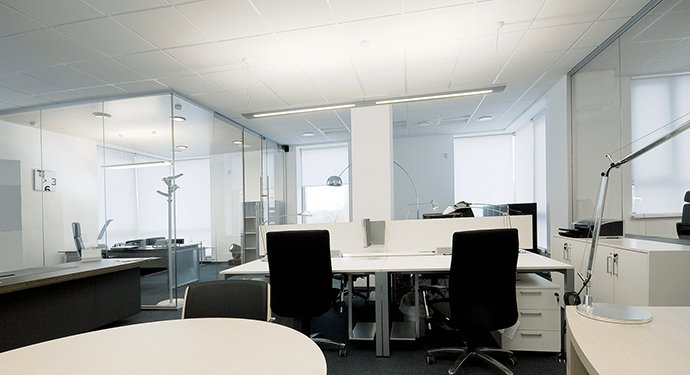 Glass partitions in modern office