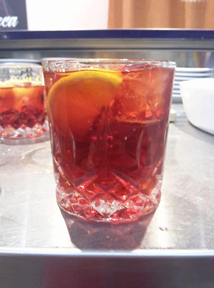 un bicchiere di cocktail