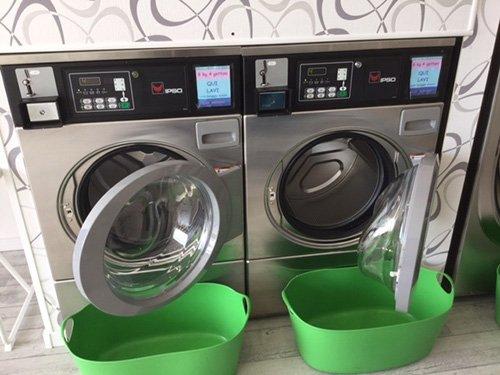 Le lavatrici utilizzate per lavari i vestiti come lana, cashmere, lana merinos e seta.