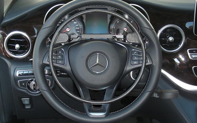 Disability steering wheel