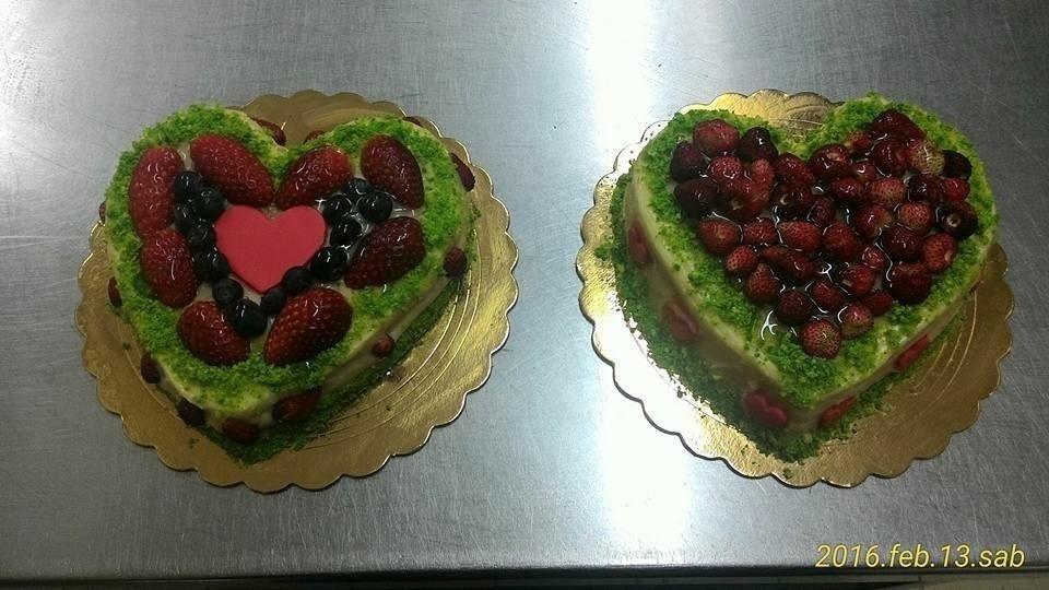 Torte alla frutta a forma di cuore