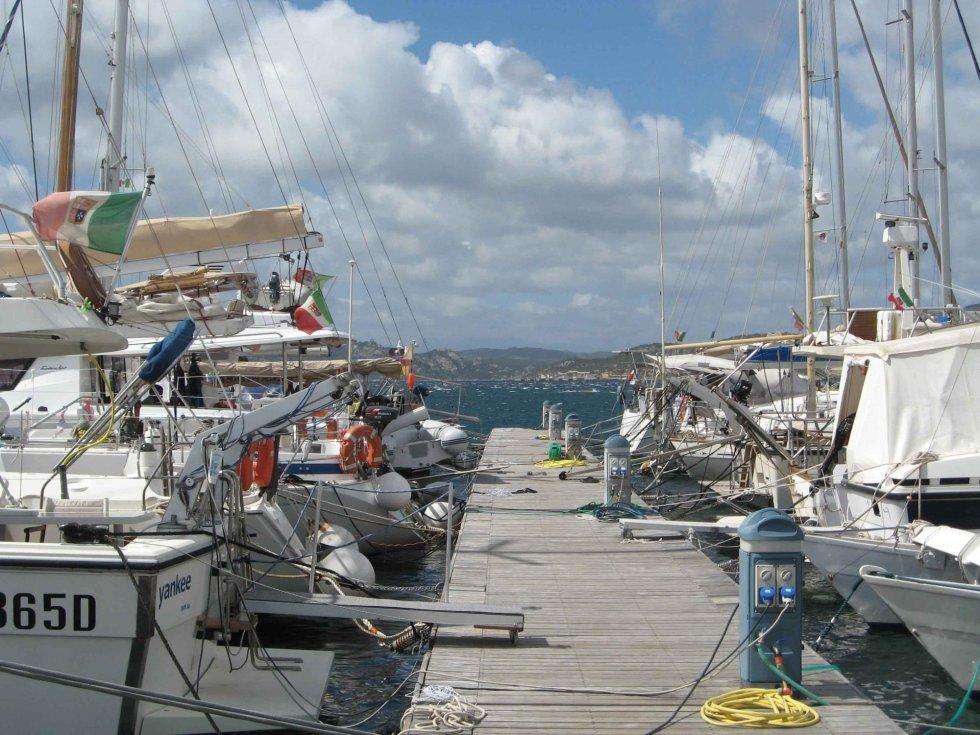 boat accomodation marina del ponte