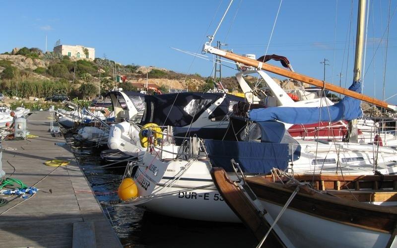 pleasure boats Marina del Ponte