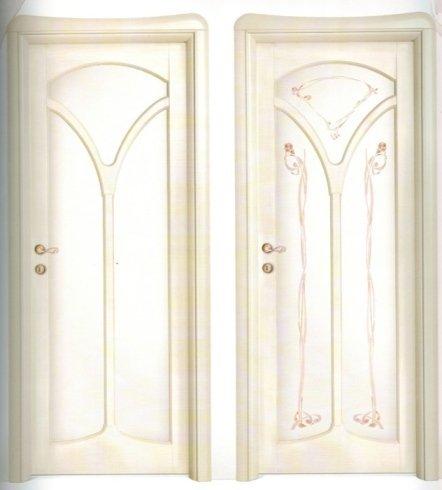 Porta con disegni, porta su misura, allestimento porte, liberty