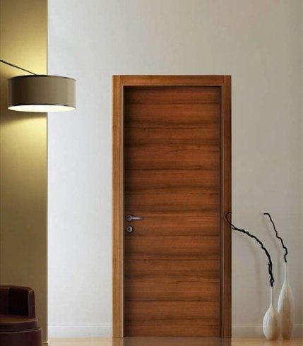 Porta in legno striato, porta in legno, porta