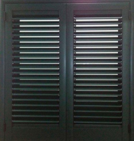 persiana a battente in alluminio, persiana in alluminio, finestra in alluminio