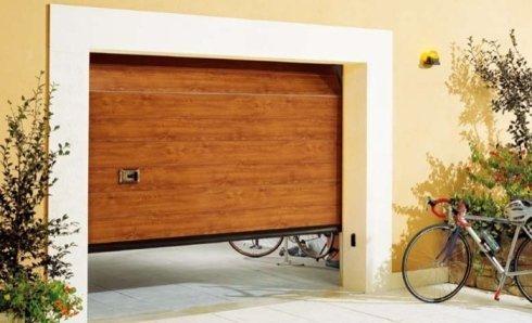 Sezionale in legno, sezionale, box auto