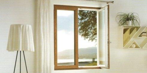 finestra a due battenti, finestre in legno, finestre di qualità
