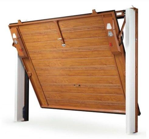 Porta garage in legno, garage, montaggio porta