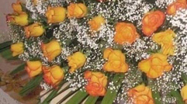 mazzo di fiori per cerimonia funebre