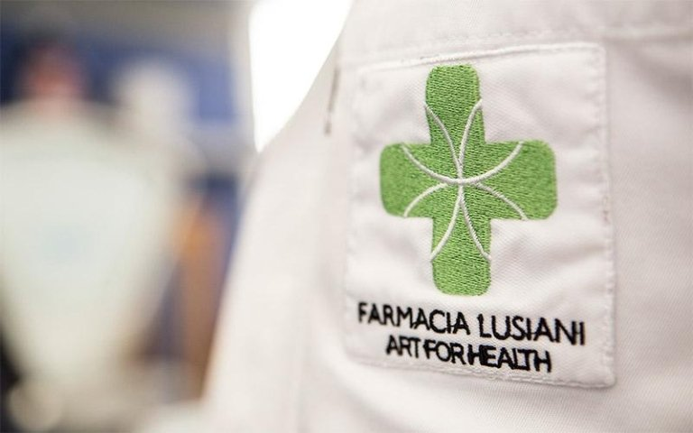 FARMACIA LUSIANI DR. GINO
