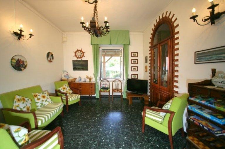 Casa di Riposo a Montoggio