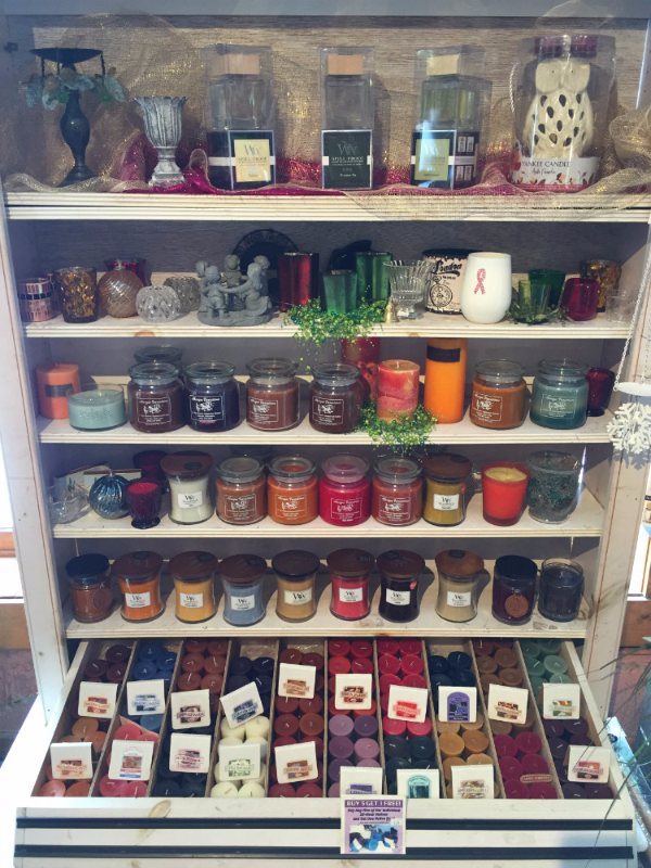 Wide range of unique gift available at the store