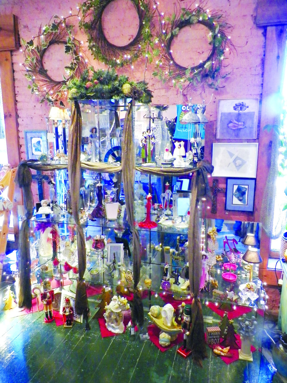 Vast variety of home decor available in Lincoln