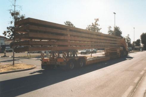 La Balboni Gabriele Autotrasporti si occupa della movimentazione di grandi carichi per il settore edile.