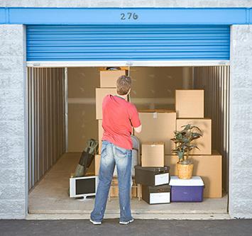 Customer storing in the storage unit at Tulsa, OK