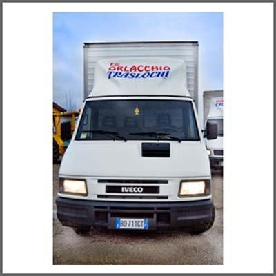 furgone ditta Orlacchio