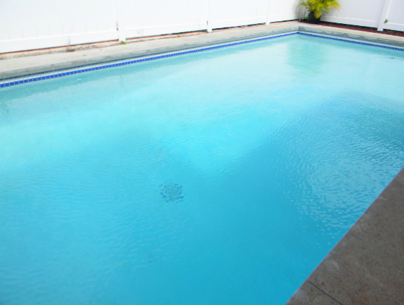 After pictures of professional pool cleaning and maintenance from Pool Service of the Pacific Windward in Kailua, HI