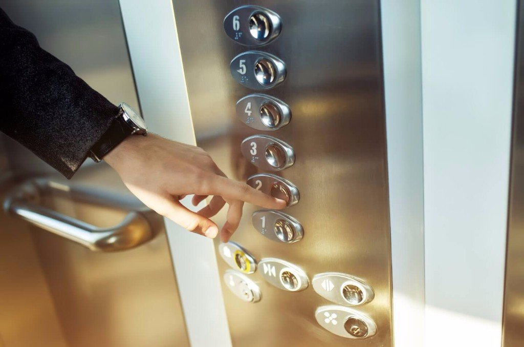 pulsantiera interna ascensore