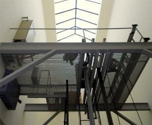 piattaforma sopra il vano ascensore
