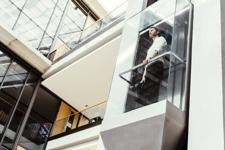 ascensore esterno e a vetro
