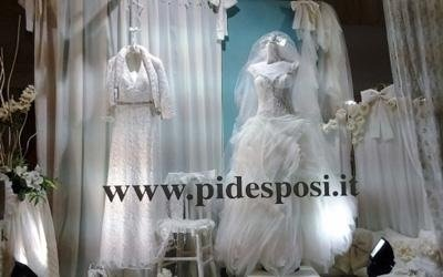 vendita confetti e abiti da sposa