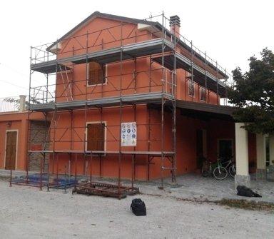ponteggi casa, edilizia, muratori, noleggio ponteggi