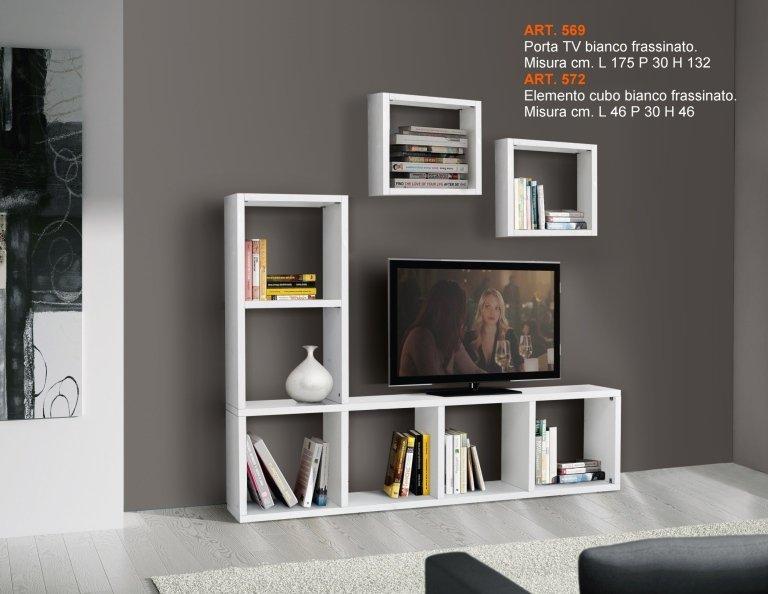 un mobile da tv e libreria di color bianco