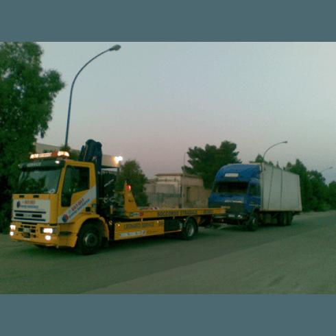 Soccorso stradale mezzi pesanti